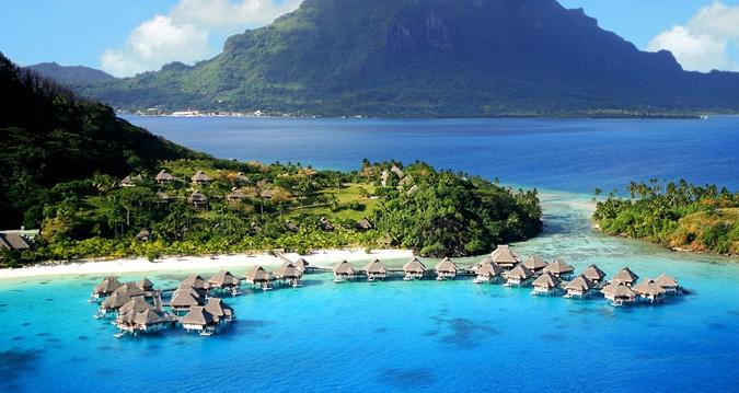 French Polynesia houses