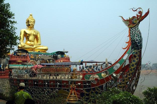 GoldenTriangle_BuddhaShip