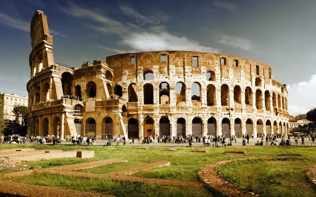 Sunset-Rome-Colosseum