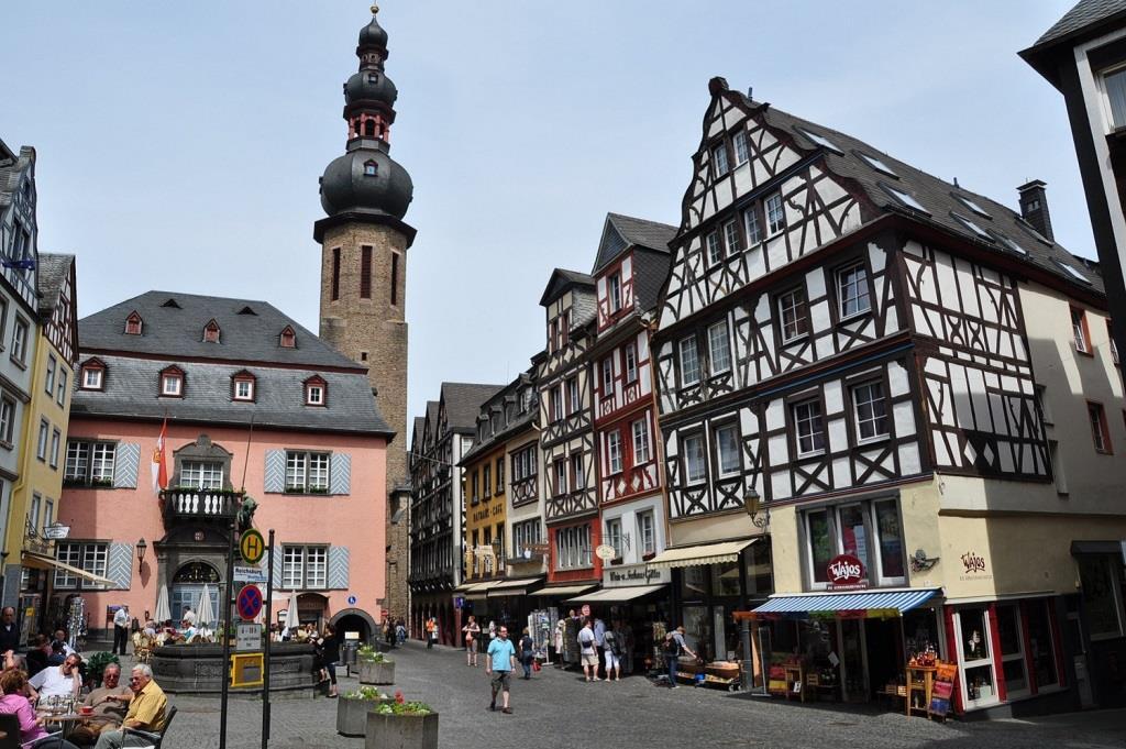 Germany_(9),_Rhineland-Palatinate,_Cochem,_Markt