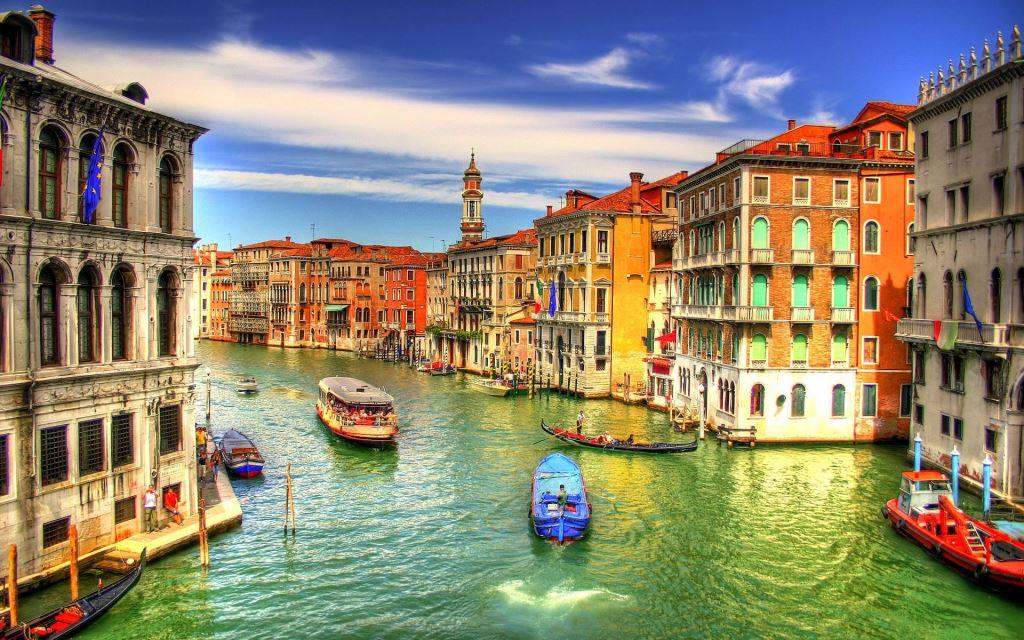 Italy places to go - venice