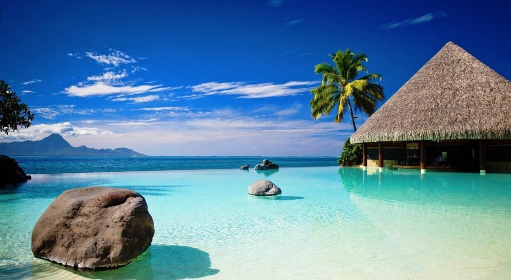 bungalow in blue ocean Philippines