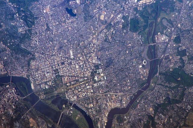 WashingtonDC_ISS013-E-13549