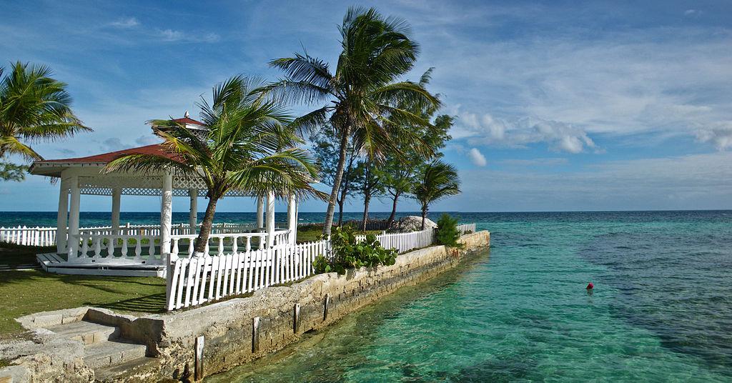 1024px-Bahamas_Gazebo