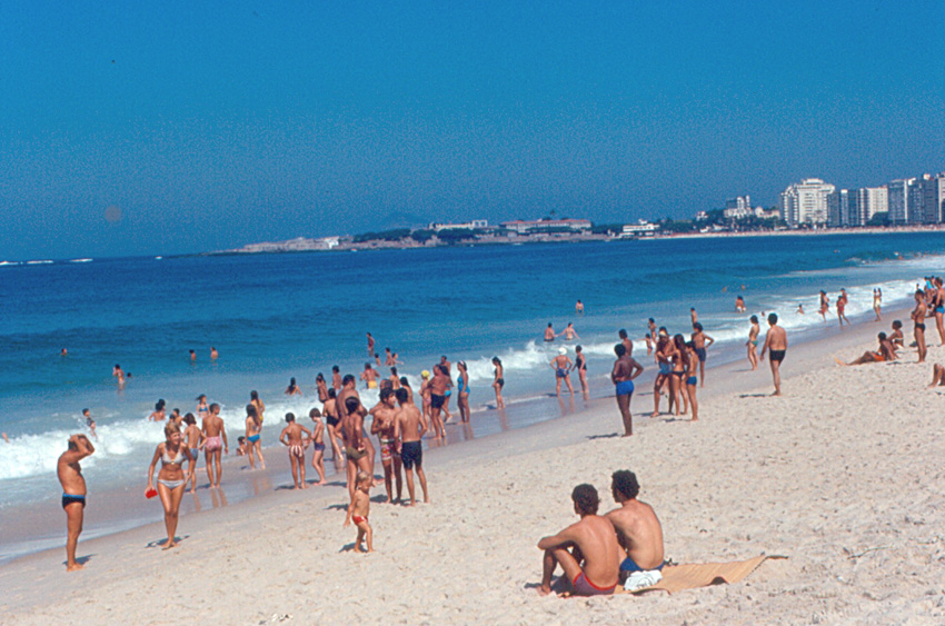 Copacabana_Beach_1971
