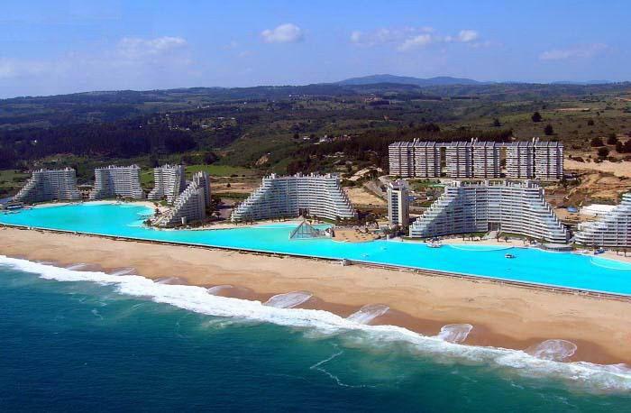 chile-swimming-pool