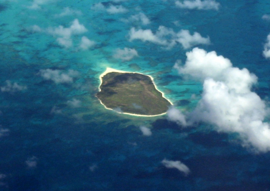 Lisianski_Island_-_Hawaiian_Chain