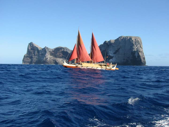 Nihoa-polynesian_boat