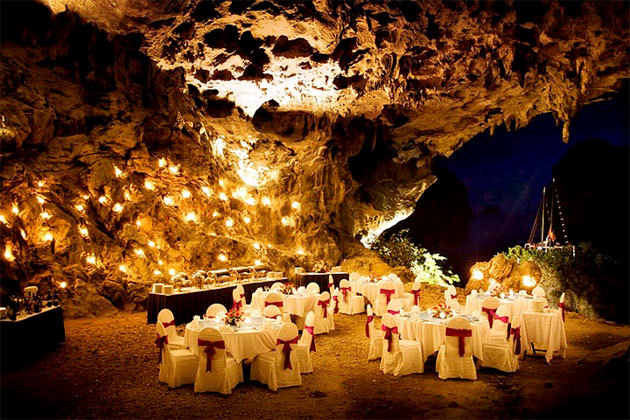 dining-halong-bay-cave