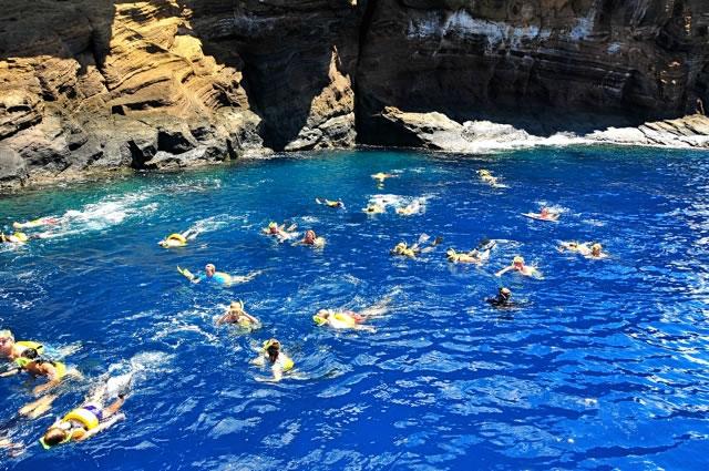 snorkeling_molokini1