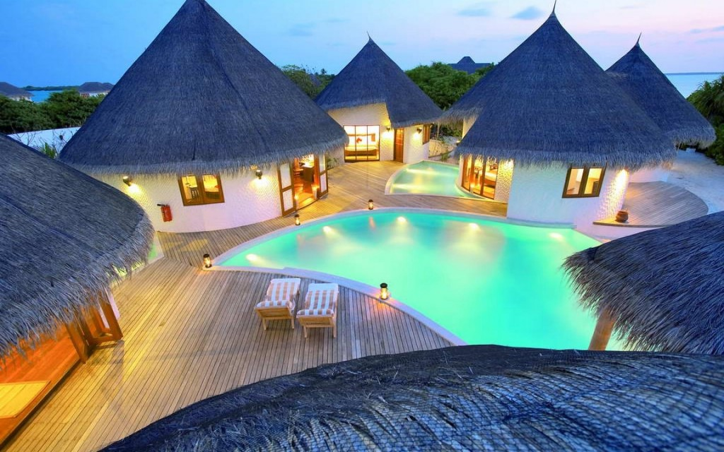 maldives-pool-houses