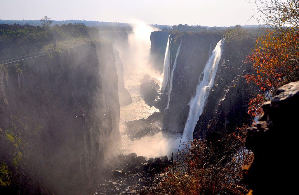 1024px-Victoria_Falls_2012