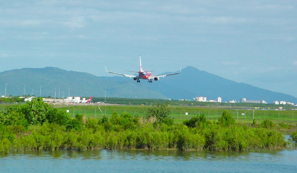 Cairns_qld_au_airport_01