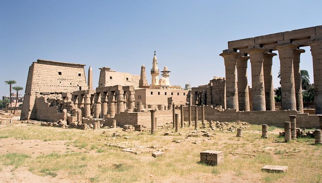 Luxor_Luxor_Temple,