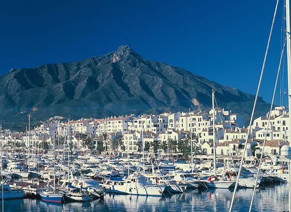 Puerto_Banus_Marbella_Costa_del_Sol_Spain