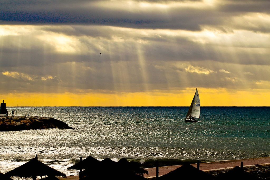 Sailing_at_Marbella,_Spain