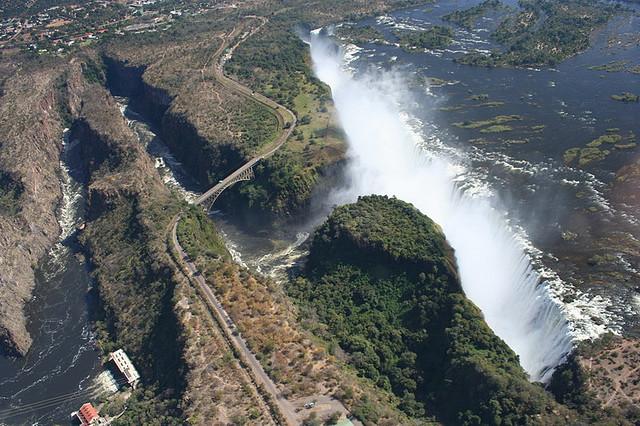 Victoria_Falls_Bridge,_Africa_092