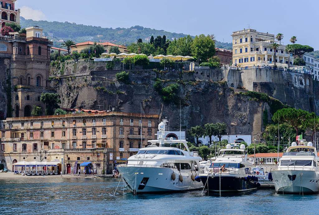 Ferry_and_yacht_port_of_Sorrento_-_Campania_-_Italy_-_July_12th_2013_-_01