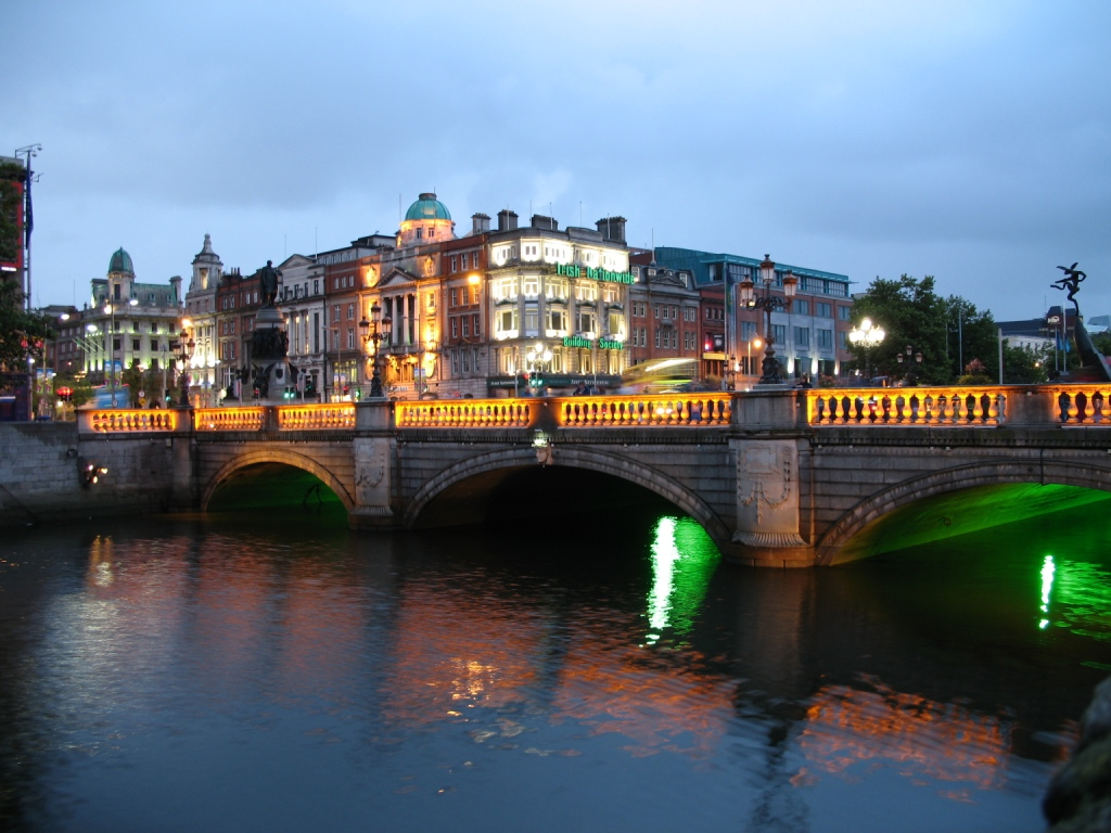 Ireland_Dublin_Night