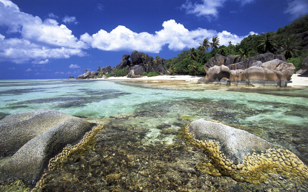 Seychelles, La Digue island, Anse d¡¯Argent beach and lagoon
