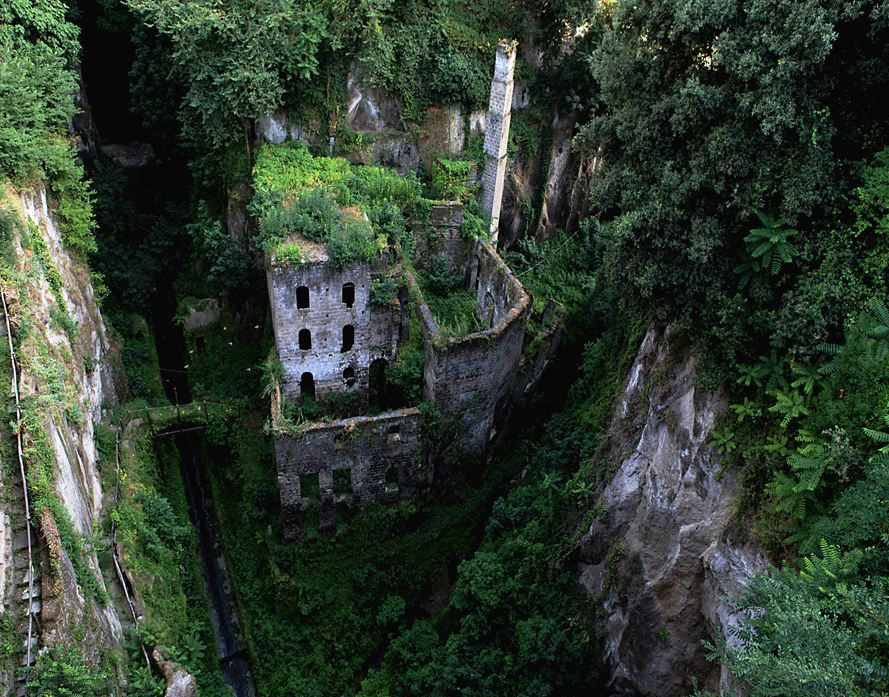 Sorrento-old-mill