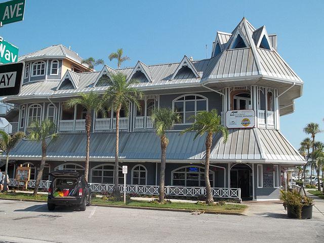 640px-St_Pete_Beach_FL_Pass-a-Grille_HD_Hurricane_rest01