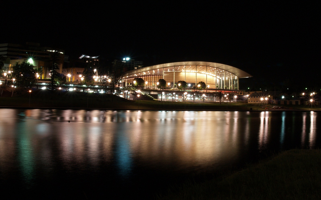 Adelaide_Convention_Centre_at_night