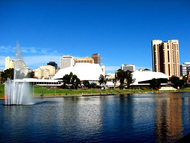 Adelaide_festival_centre