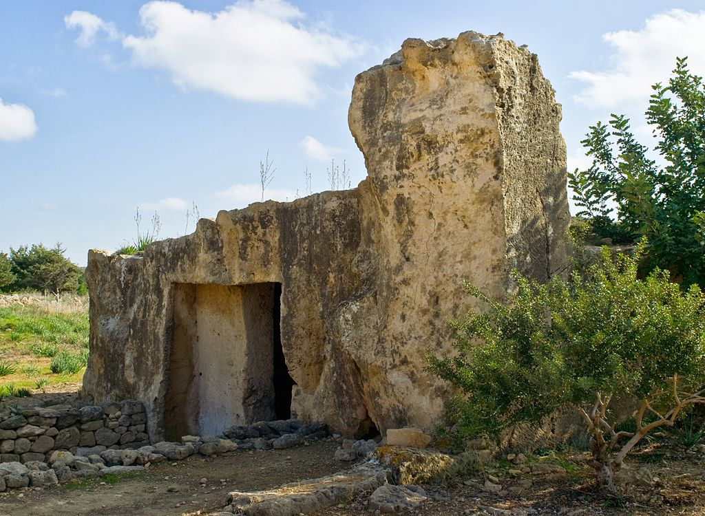 Tombs_of_the_Kings_Paphos_Cyprus_03