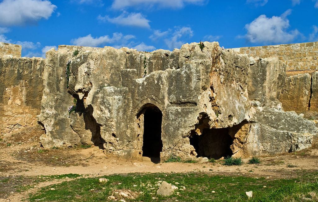 Tombs_of_the_Kings_Paphos_Cyprus_19