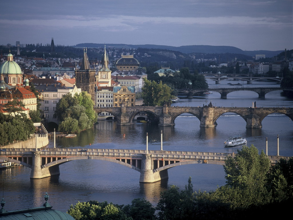 czech-prague-bridges