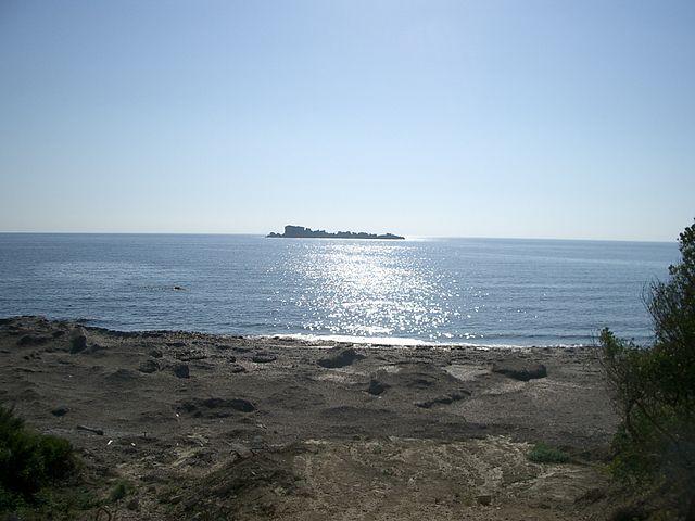 640px-Mathraki_Island,_Corfu,_Greece