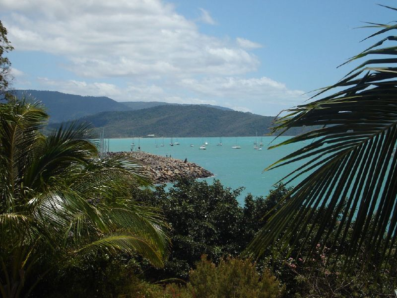 Coral_Sea_Resort,_Airlie_Beach,_Australia
