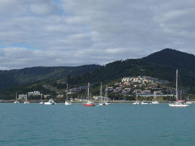 airlie_beach_boats