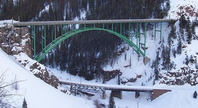 Eagle_River_Bridge_on_US_24_near_Redcliff,_CO