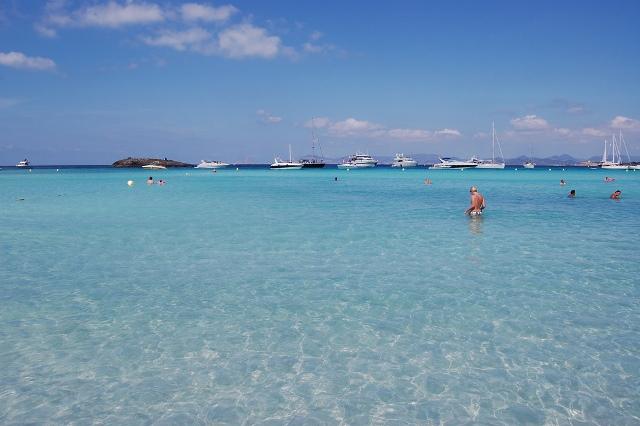 Formentera_Beach,_Ibiza_(2377210337)