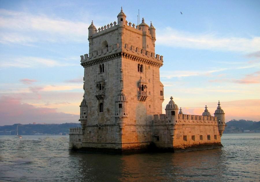 Belem_Tower,_Lisbon,_