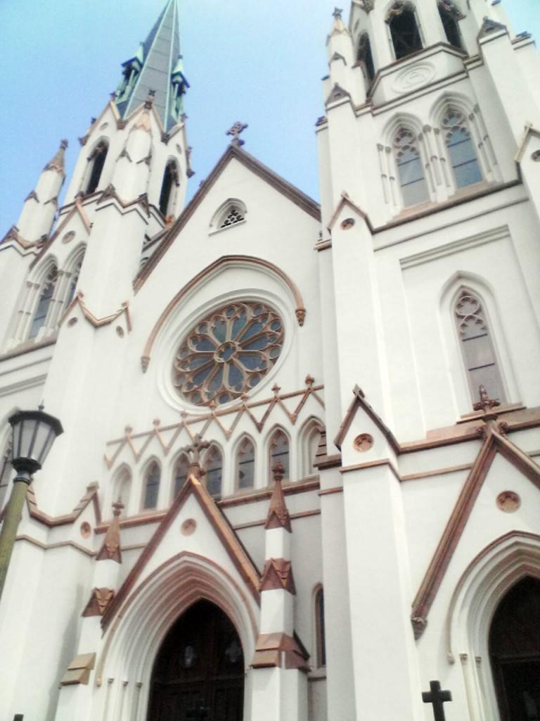 Cathedral_of_St._John_the_Baptist_(Savannah,_Georgia,_USA)