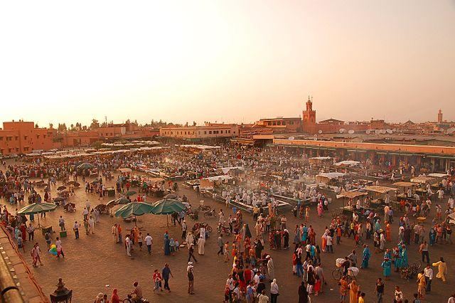 640px-Maroc_Marrakech_Jemaa-
