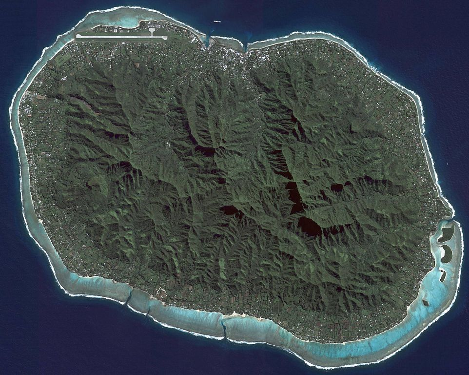 962px-Rarotonga_Island
