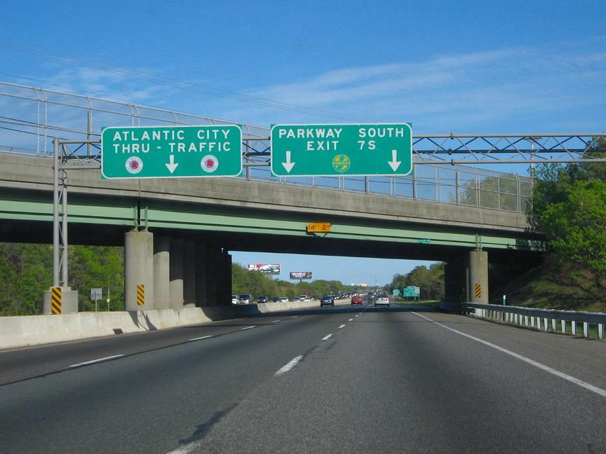 Atlantic_City_Expressway_SB