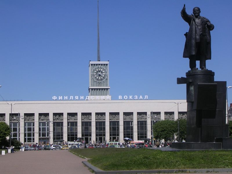 Finland_Station,_St._Petersburg,_Russia