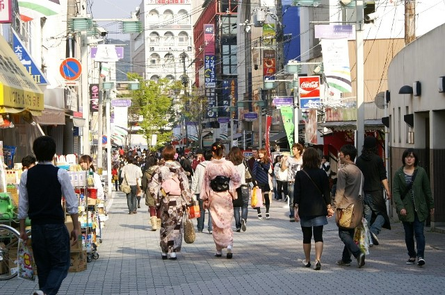 A191_Japan_Kyoto_Kawaramachi_Dori_(4764443128)