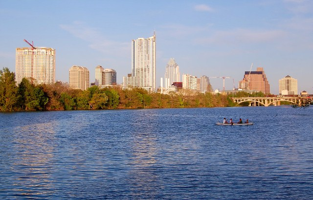 Austin_TX_skyline_from_Lou_Neff_Point