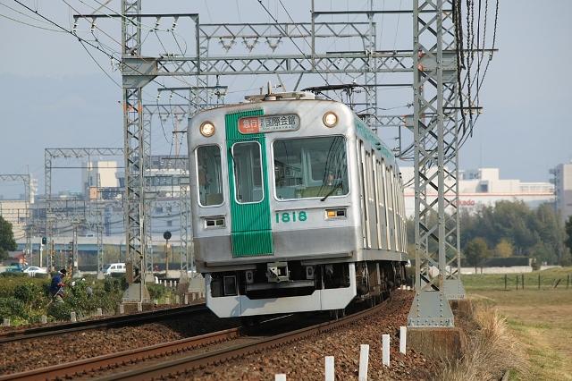 Kyoto_City_10_series_EMU_late_type_002