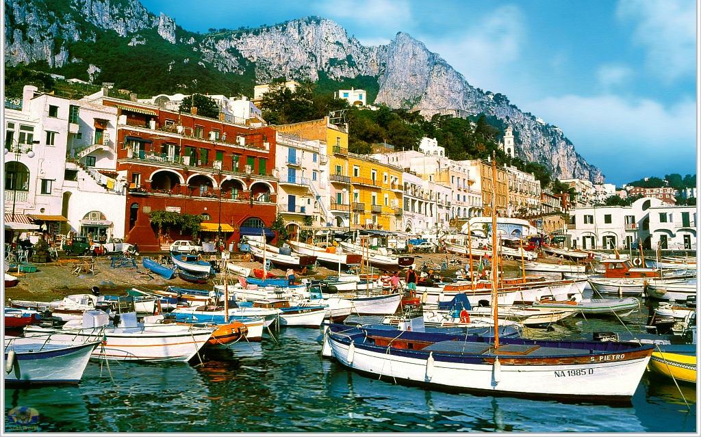 Marina-Grande-on-Capri-Italy