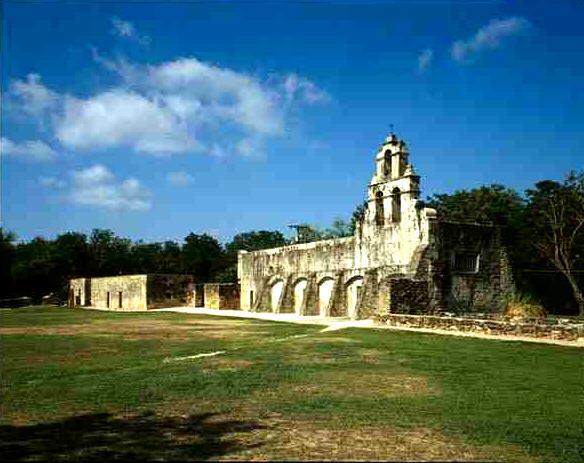 Mission_San_Juan_de_Capistrano_Chapel_San_Antonio_TX