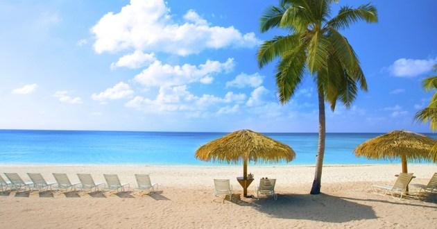 [Image: Seven+Mile+Beach+Grand+Cayman.jpg]