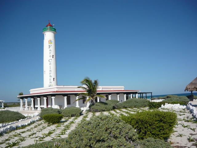 Faro_Celarain_Punta_Sur_Cozumel_feb_2011