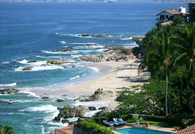 conchas-chinas-puerto-vallarta-beach CDM4